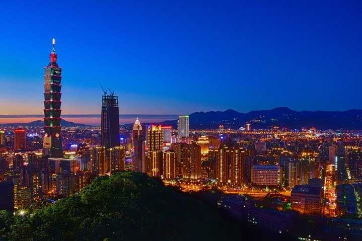 Китай не изключва нападение срещу Тайван, ако островът откаже обединение