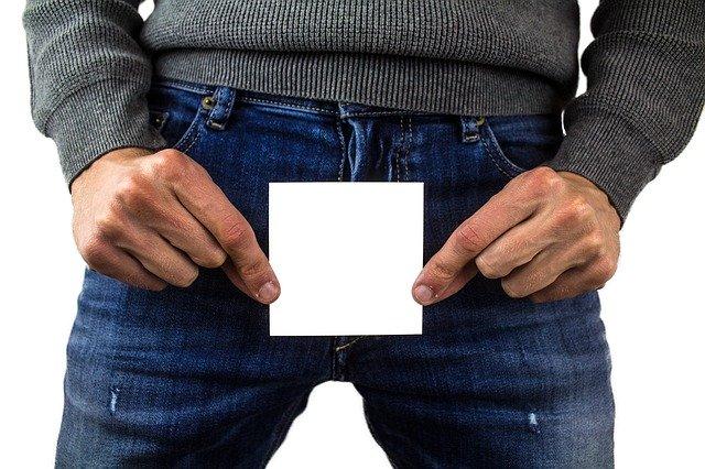 """Ученичка спечели дело за отмяна на """"тоалетния пакет мерки"""" за достъпа на трансджендъри до всички тоалетни и съблекални"""