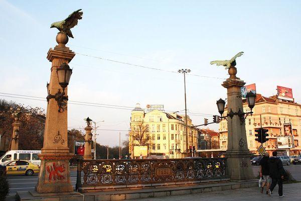 Орлов мост е построен като символ на свободата