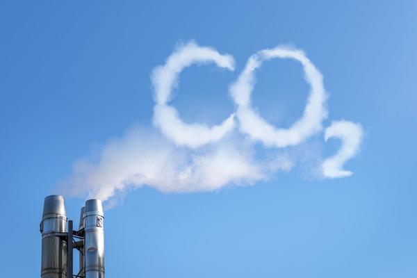 Възстановяването на търговията с емисии по условията от 2012 г. ще спести на България над 700 млн. лева