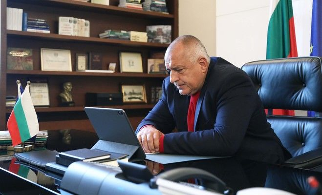 Борисов: Божков не ми е дал една стотинка, черпил ме е пура