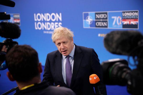 Борис Джонсън покани Путин на среща на върха за ваксина за коронавируса