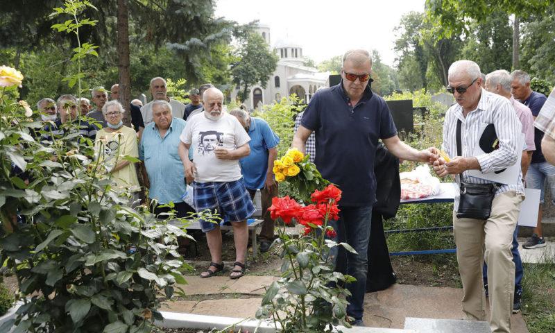 Ръководството на Левски почете паметта на Гунди и Котков (ВИДЕО)