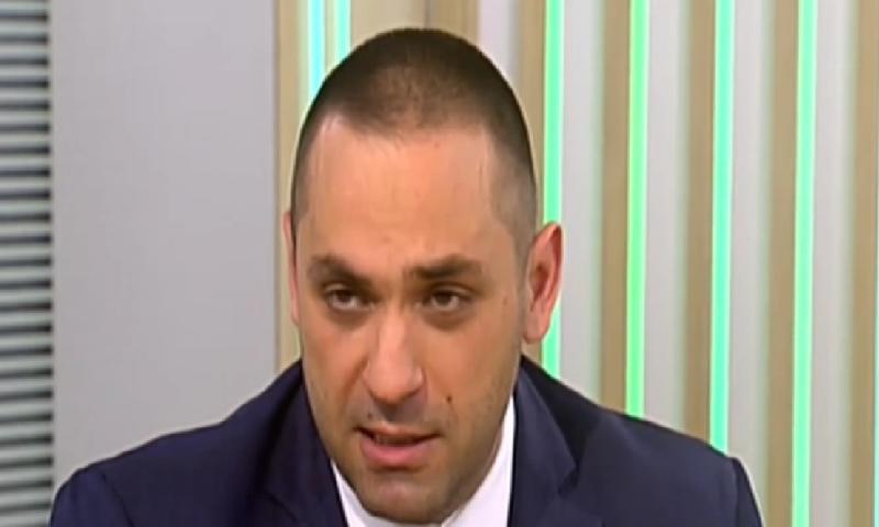 Стратегическо е влизането ни в чакалнята за еврозоната, посочи Емил Караниколов