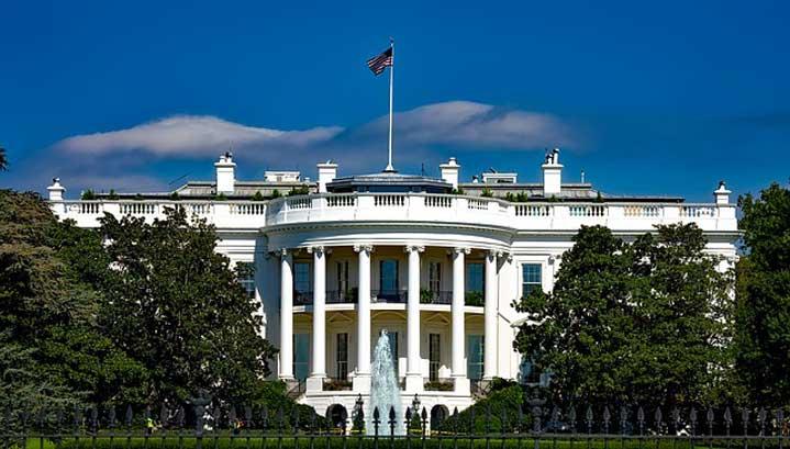 Тръмп се е барикадирал в бункера на Белия дом