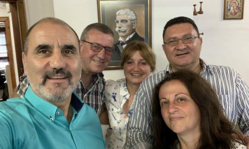 Цветан Цветанов на приятелски тур в Сопот и Карлово/СНИМКИ/