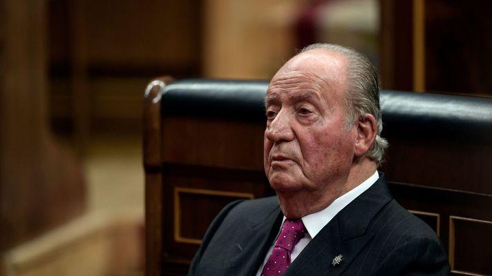 Разследват бившия испански крал Хуан Карлос за милиони долари подкупи от Саудитска Арабия