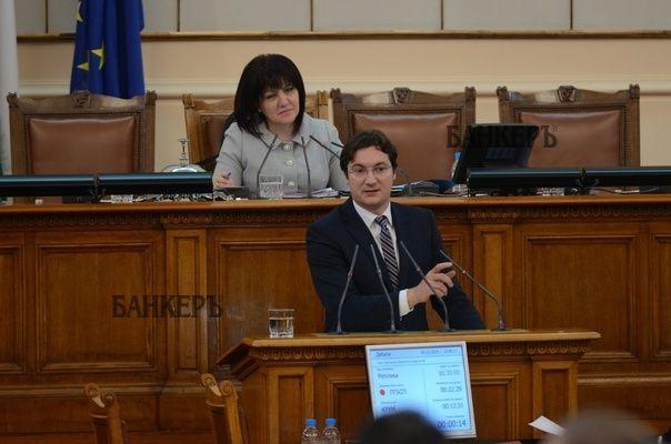 51% от българите смятат, че корупцията у нас се е увеличила, посочи Крум Зарков