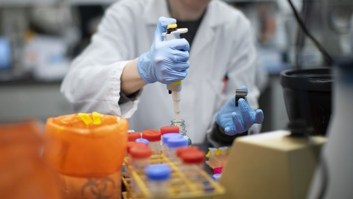 Според СЗО няма втора вълна, а втори пик на коронавируса