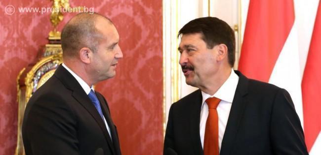 Румен Радев и президентът на Унгария обсъдиха мерките за преодоляване на последиците от COVID-19