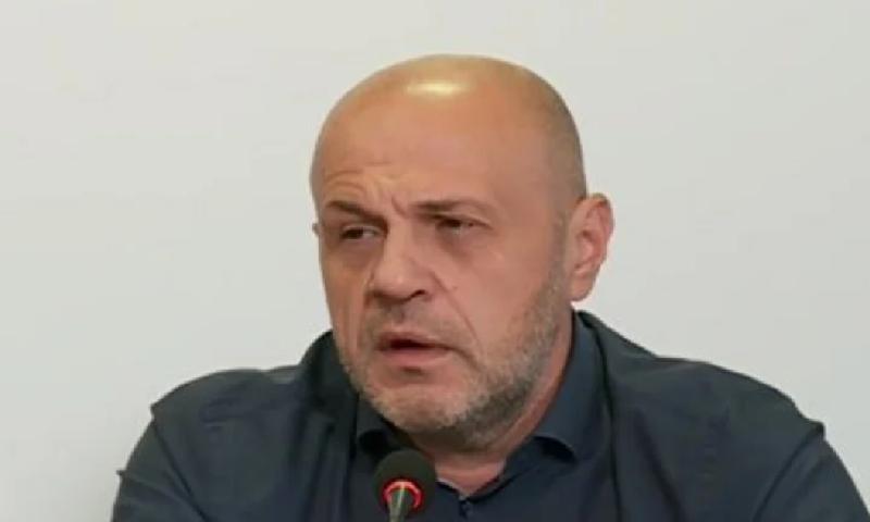 Дончев обяви ще има ли гражданска война и импийчмънт, зоват президента да се разграничи от шпицкомандите на Божков