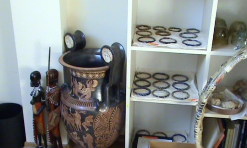 Иззеха още културни ценности от офиса на Васил Божков