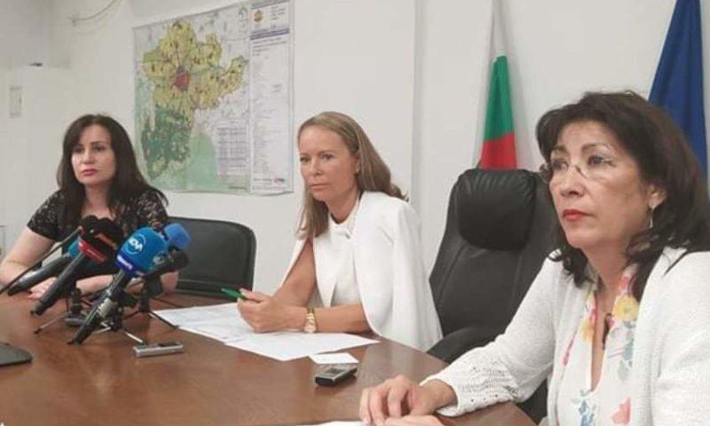 Каназирева: Следим ситуацията в цялата област, апелирам за повече отговорност!