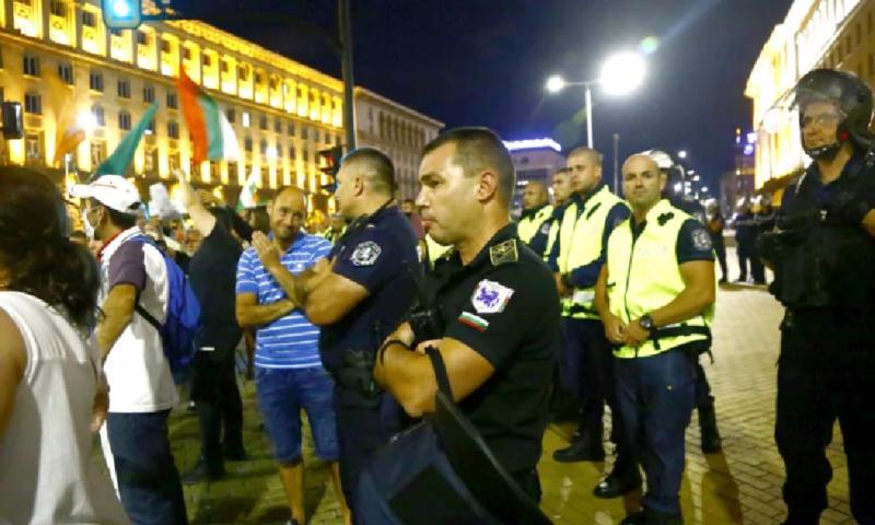 От СДВР с извънредни новини за нови арести след петъчния протест
