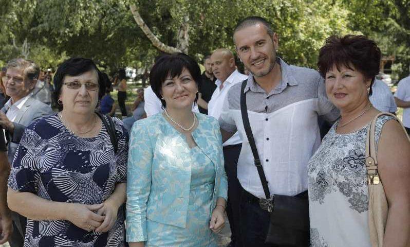 Цвета Караянчева се срещна с членове и симпатизанти на ГЕРБ в област Пловдив