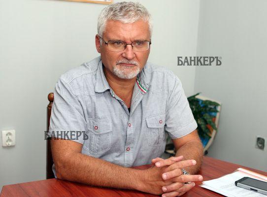 Минчо Спасов се чуди докога прокуратурата ще съумее да брани Борисов от враговете му