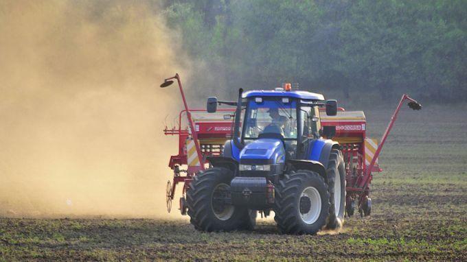 До 7000 евро еднократна помощ ще могат да получат земеделци, засегнати от кризата