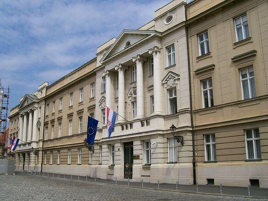 Управляващата консервативна партия печели парламентарните избори в Хърватия