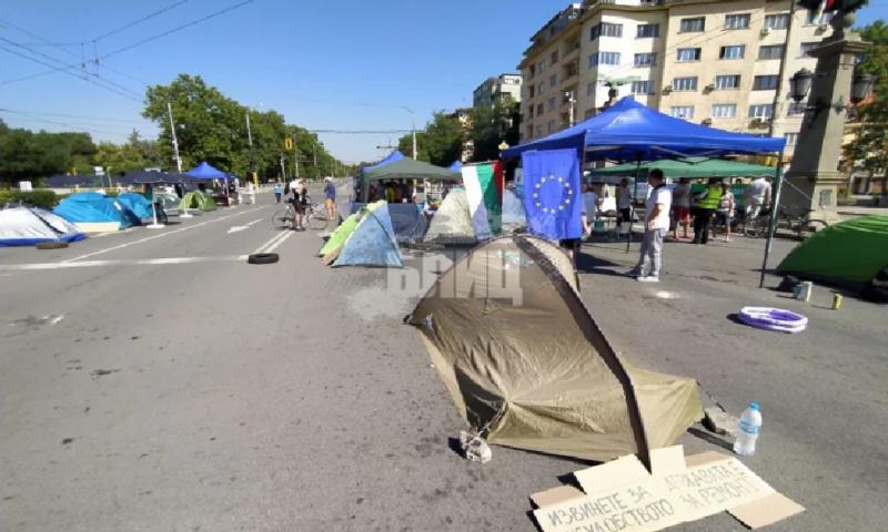 Мрежата клокочи: Софиянци се стягат за бунт и бой с протестиращите!