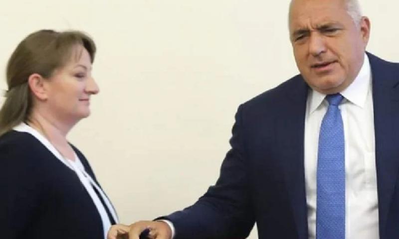 Сачева сложи край на спекулациите и разкри готви ли ГЕРБ резервен премиер