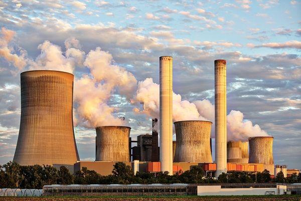 Исторически спад на енергията от въглищни централи в света през първото полугодие