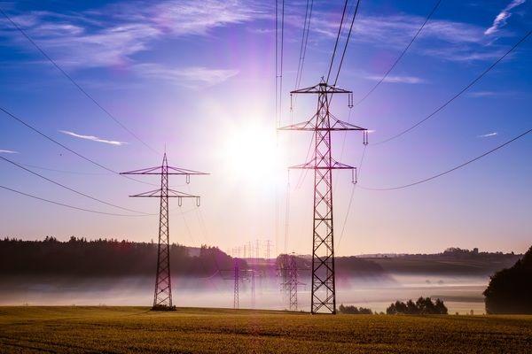 КЕВР публикува списък на лицензираните търговци на ел.енергия