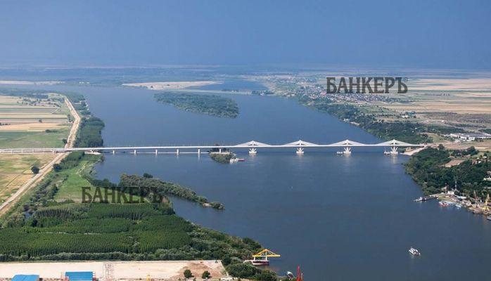 """Заради ремонт, движението по """"Дунав мост 2"""" е с нова организация"""