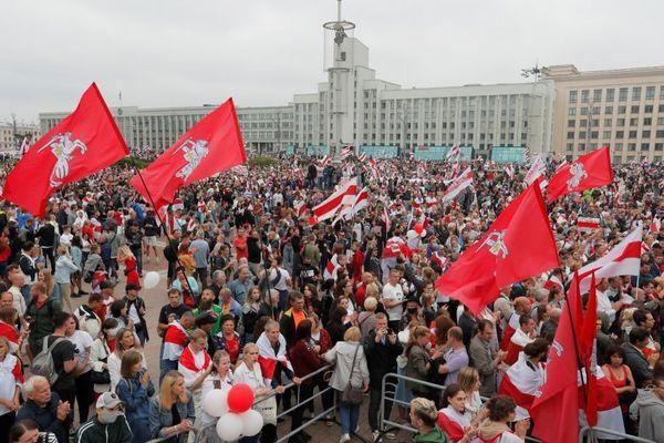 Хиляди в Минск протестират и днес срещу президента Лукашенко