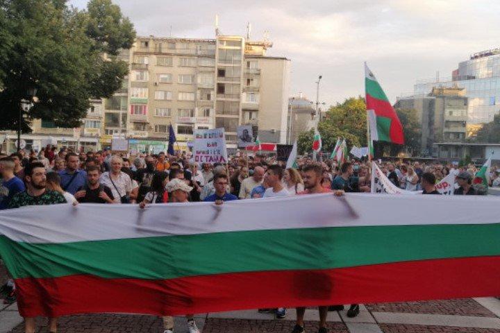 36-ти ден на протести в страната