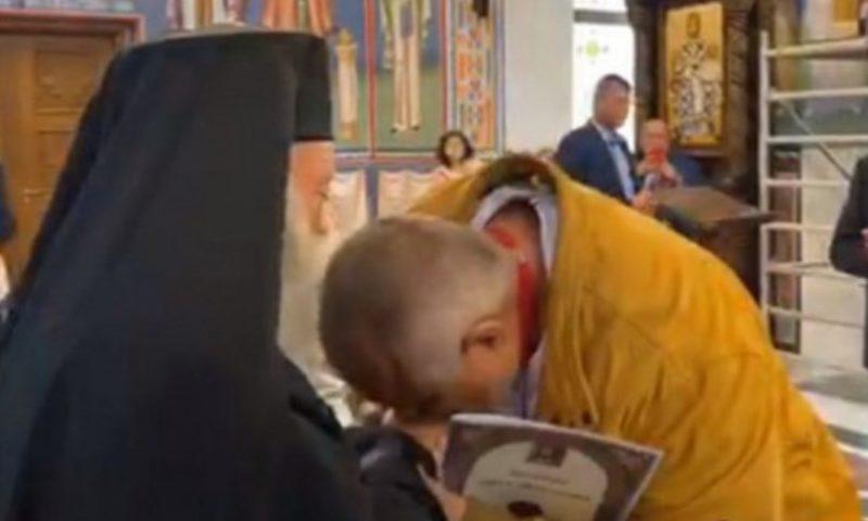Борисов с орден от Ловчанската митрополия, пожела успех на Цветанов