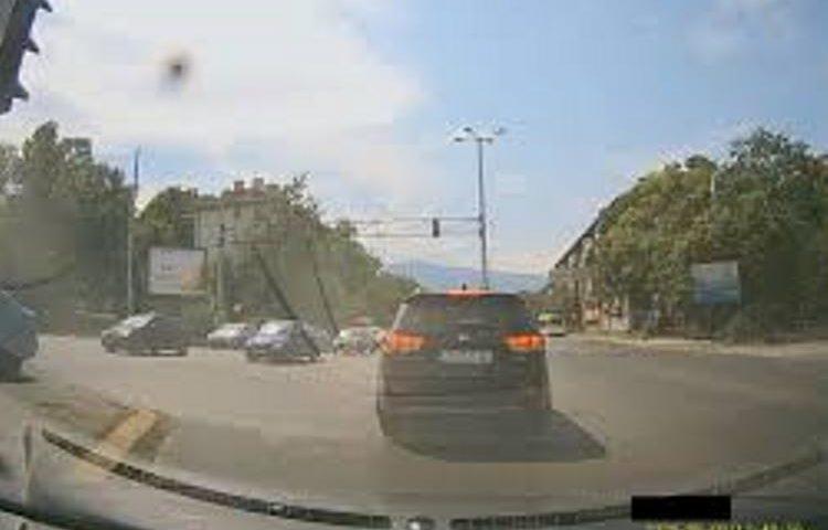 Заснеха Тити Папазов в поредно нарушение на пътя