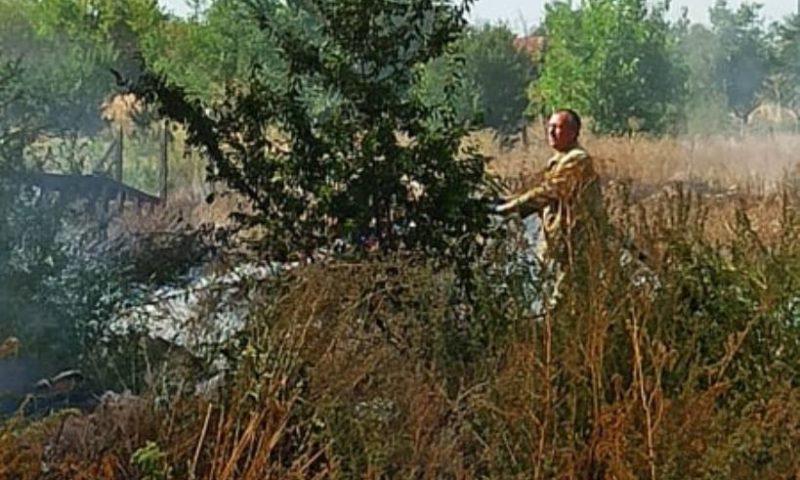 Пожар пламна в селскостопанския двор на Калояново/СНИМКИ/