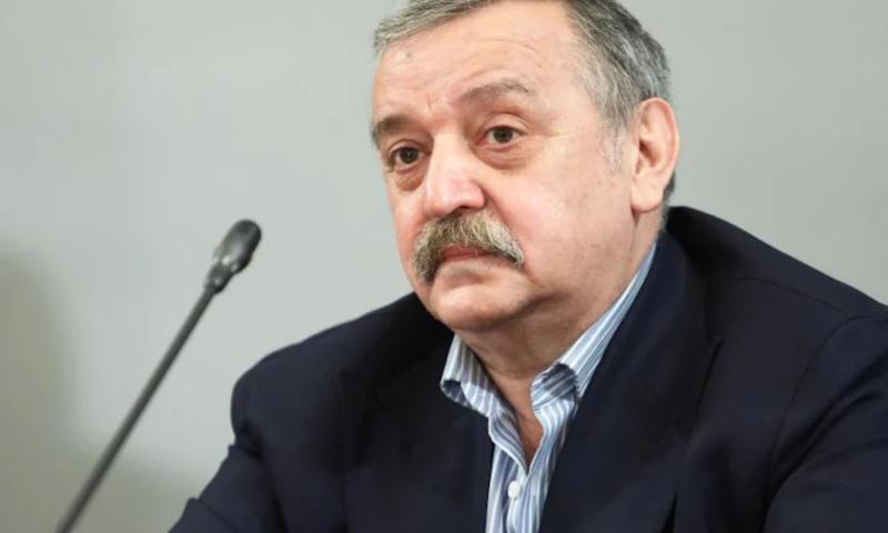 Проф. Кантарджиев заговори за нова изолация заради COVID-19!