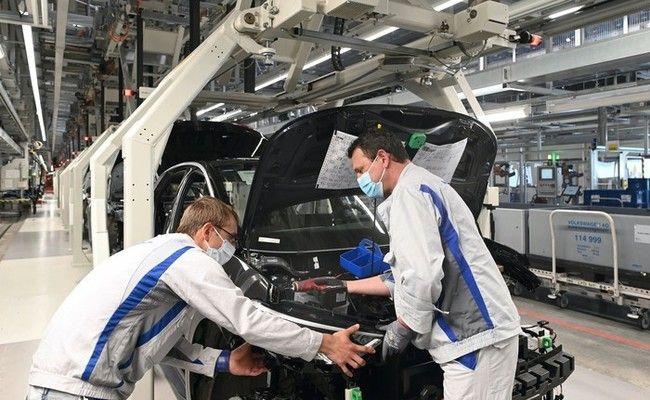 Германското промишлено производство расте за трети пореден месец