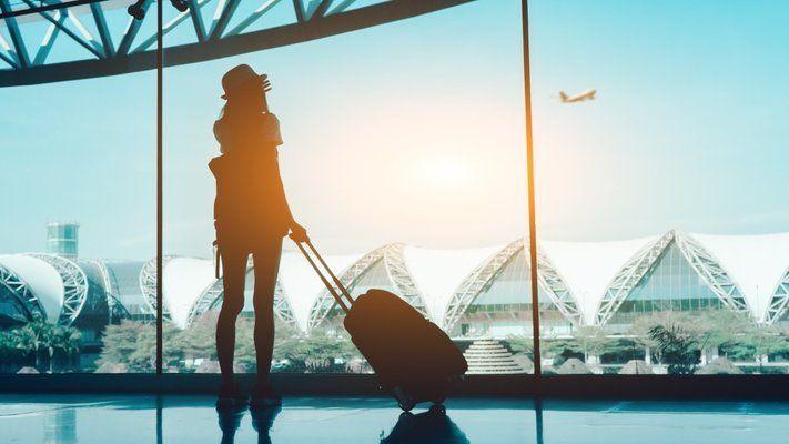 Рязък спад на пътуванията на българи в чужбина и посещенията на чужденци у нас