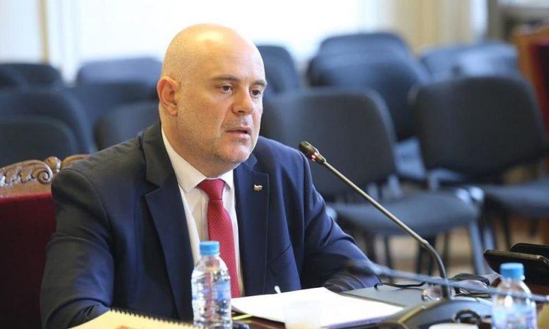 Гешев: Премиерът три пъти e давал обяснения пред разследващи органи