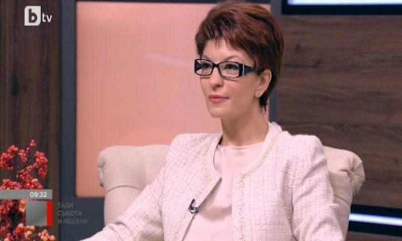 Десислава Атанасова: Трябва да се изчакат редовните избори
