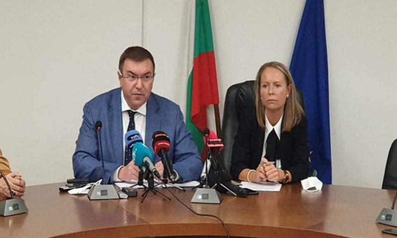 Здравният министър с последни данни за ковид в областта, медици от Карлово са заразени /ВИДЕО/