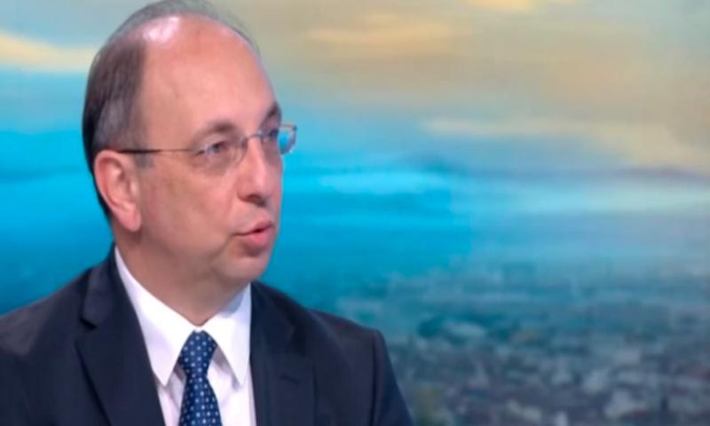 Николай Василев съзря оттегляне на Борисов от властта с бюджета за 2021 г.