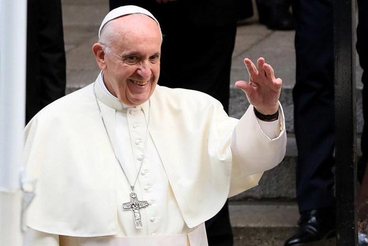 Папа Франциск изрази позицията си за еднополовите бракове