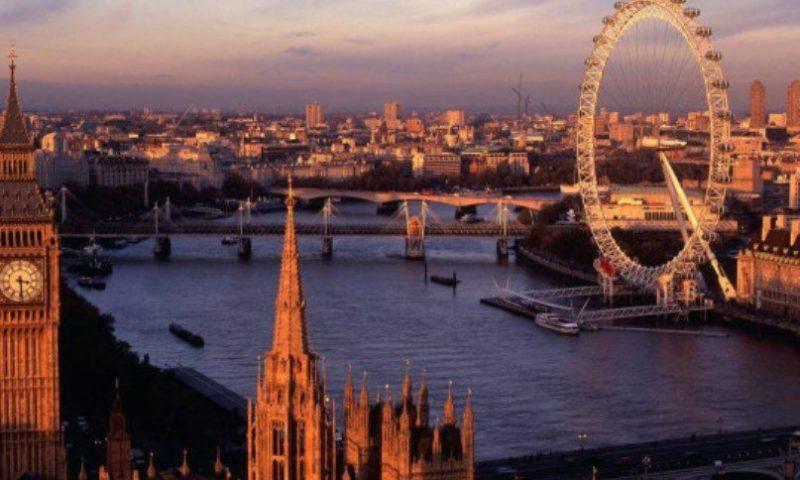 Удар по България! Лондон няма да ни пуска с лични карти