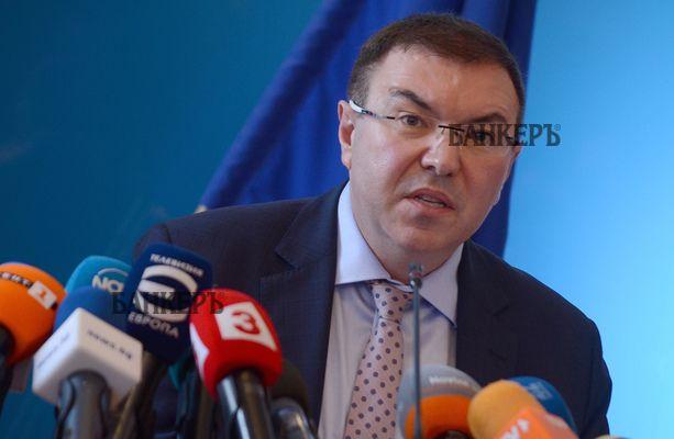 Костадин Ангелов: Не леглата, а медицинският персонал е проблемът