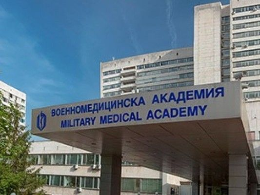 Бригаден генерал Николай Русев е във ВМА със симптоми на коронавирус
