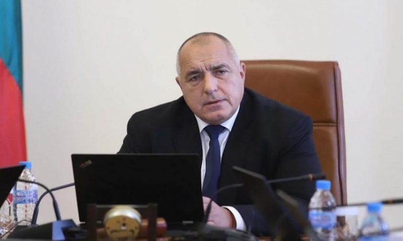 Борисов: Застояването вкъщи носи рискове, децата да учат, където няма зарази