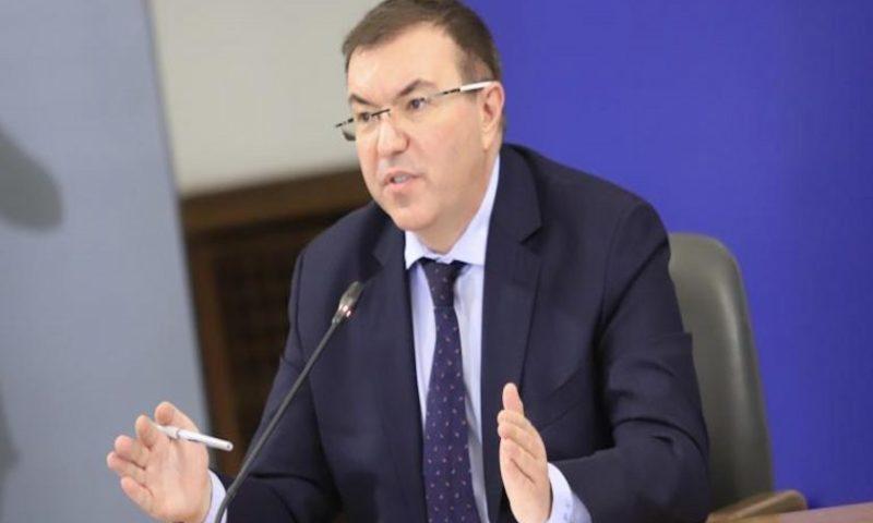 Министър Ангелов не отхвърли възможността за пълен локдаун