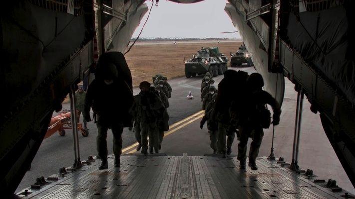 Над 1100 руски миротворци са прехвърлени в Нагорни Карабах