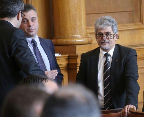 Скопие ще предприеме мощна кампания за злепоставяне на България, предупреди депутат