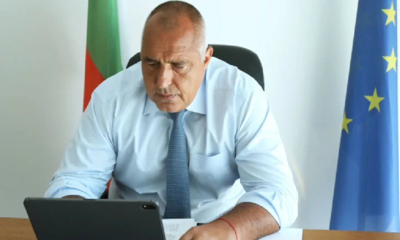 Борисов с извънредно решение заради новия щам на К-19 след спешно съвещание