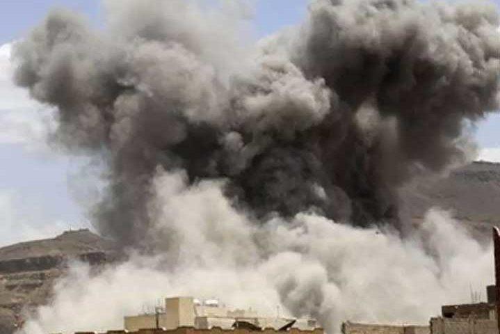 Взривове на летището в Йемен след пристигане на самолета на новото правителство