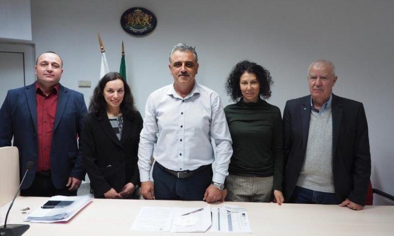 Кметът на Марица Димитър Иванов представи новите си заместници на последната сесия за тази година